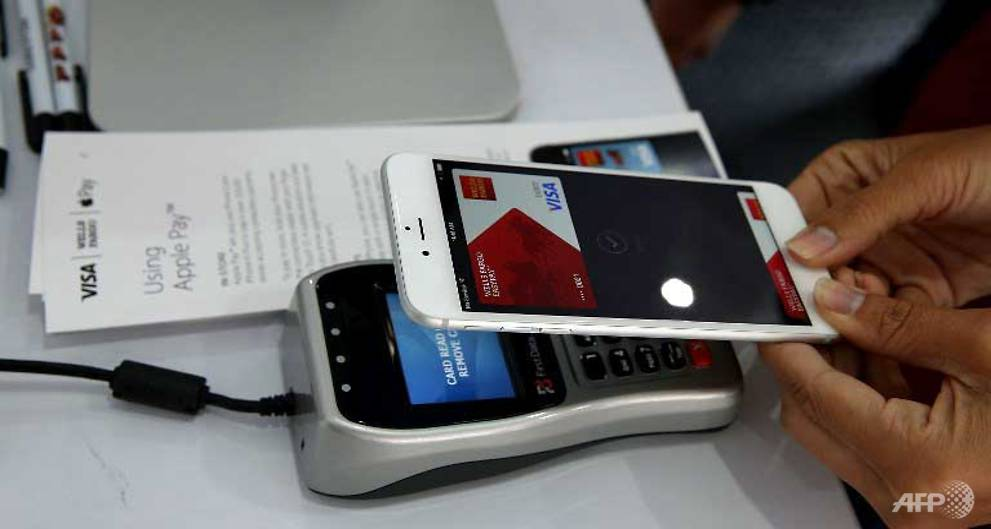 Apple Pay in first deal with major French bank