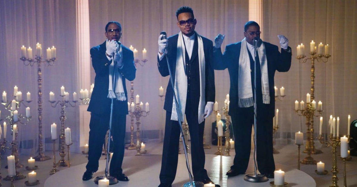 See Chance the Rapper's Boyz II Men-sendup 'Come Back, Barack' on #SNL https://t.co/QEFnCWVlHV https://t.co/UgQ07vXABR