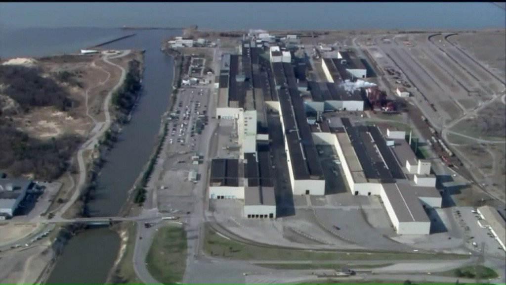 Chicago will sue U.S. Steel over toxic metal spill into LakeMichigan