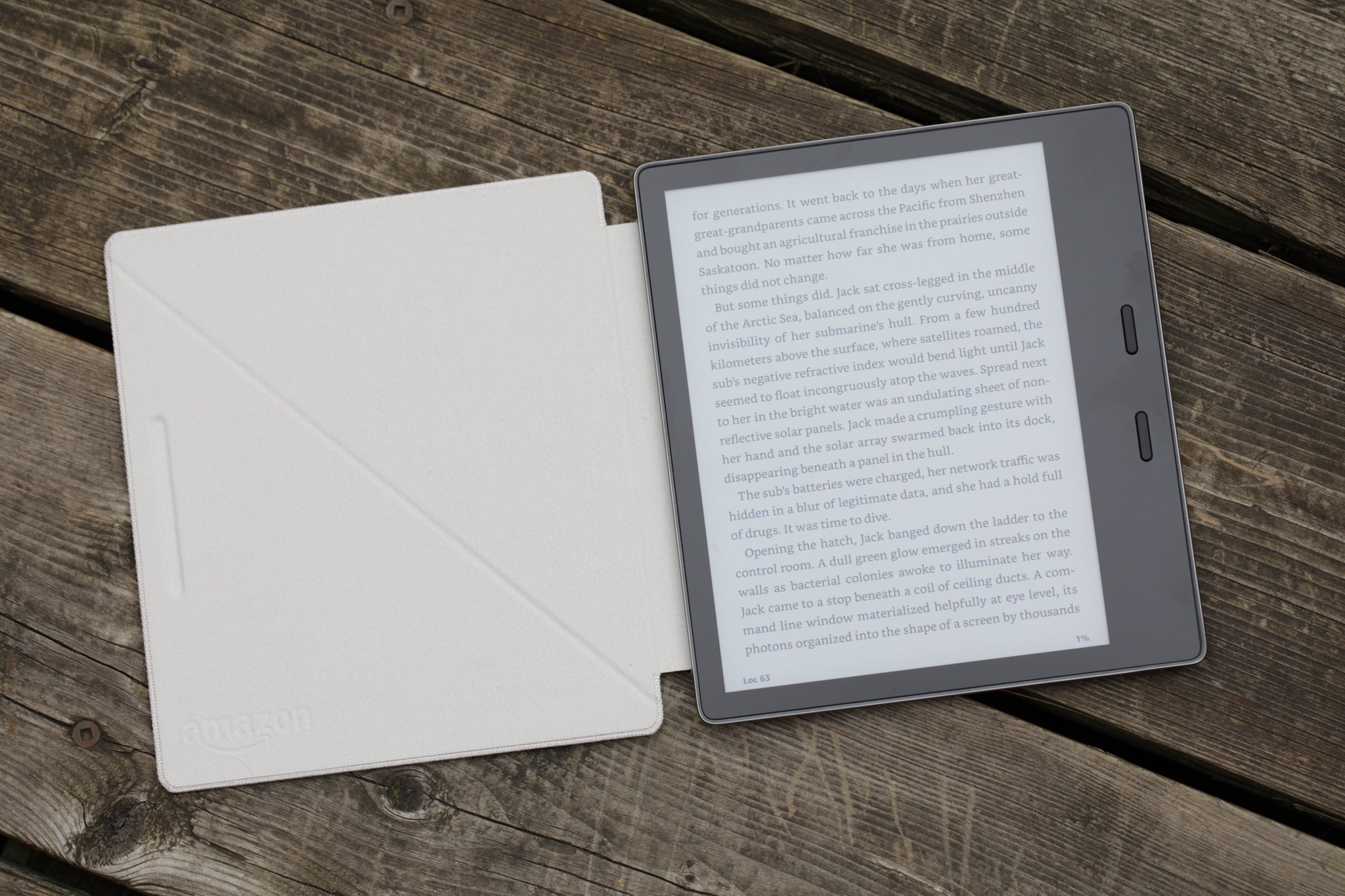 The new Kindle Oasis is my dream e-reader https://t.co/dmloFUnEYK by @etherington https://t.co/XHmk16COkk