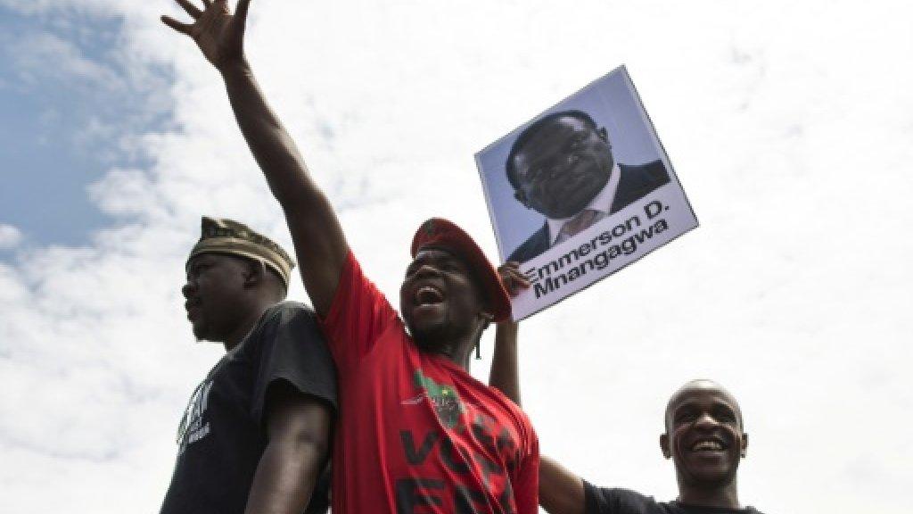 Zimbabwean students rage against defiant Mugabe