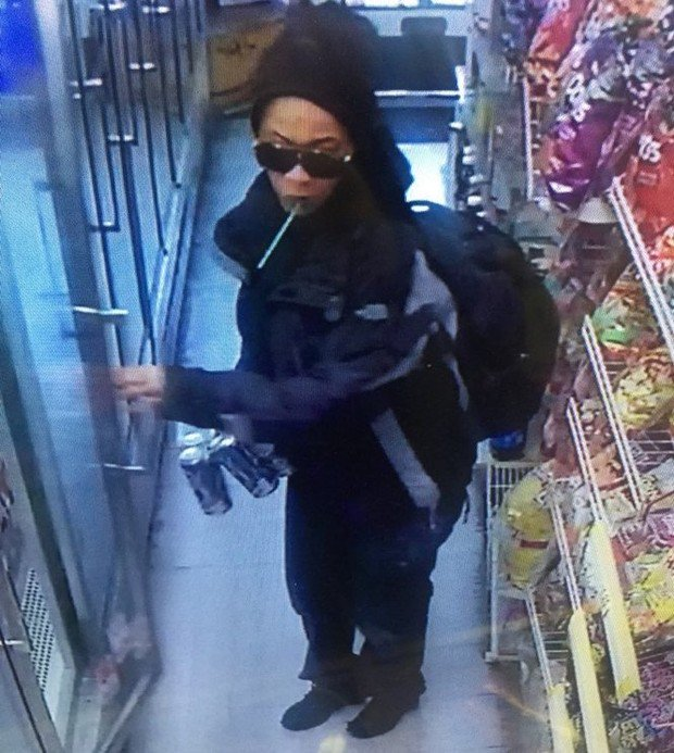Woman suspected of assaulting employee, showing gun during downtown Portland robbery