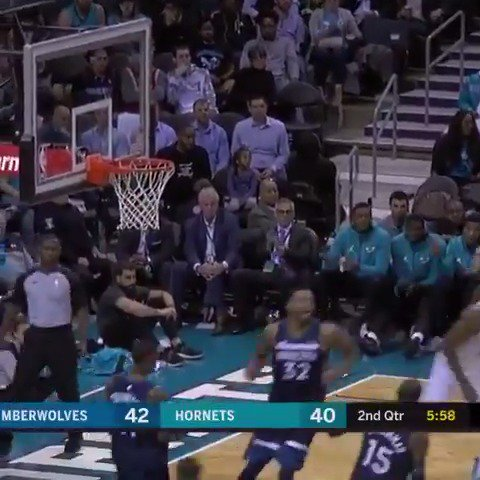 Dwight records the 48th 20/20 game of his career in @hornets home win! https://t.co/mrCMpEyLc6
