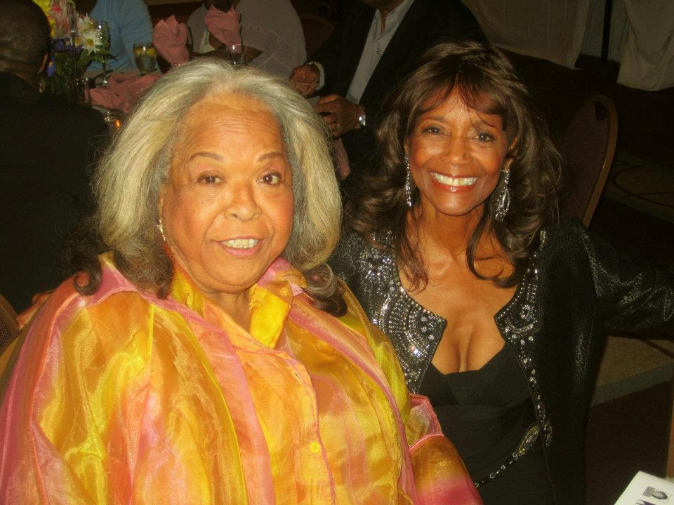 #dellareese I am sorry to hear of the passing of yet another gem. #RIP gMKdoMrffI