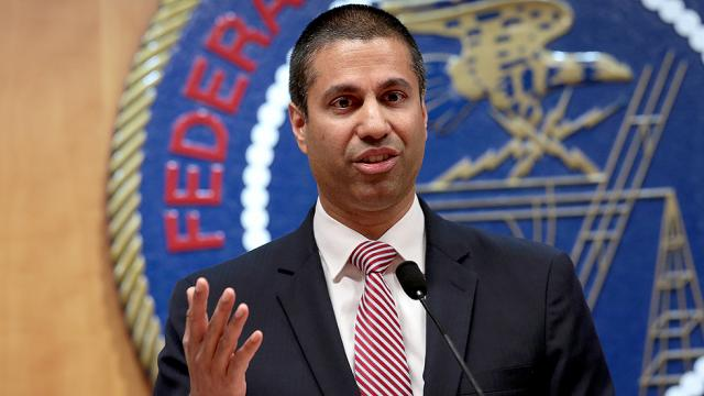 #BREAKING: Trump FCC to seek complete repeal of Obama-era net neutrality rules: report https://t.co/DYnLHKLw9a https://t.co/2OiD4invxk