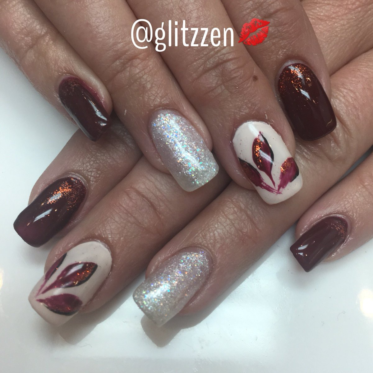 colorgel RT @glitzzen: #autumnnails...