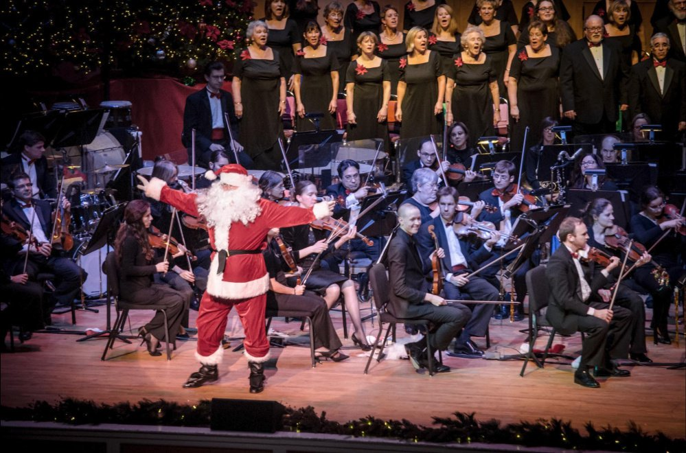 Holiday music: It's last Christmas hurrah for Moody and Cornils
