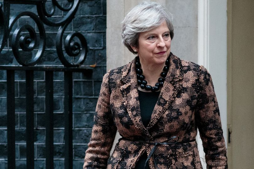 Theresa May secures backing for €40 billion Brexit divorce payment - but there's a catch https://t.co/wKo92xAs5R https://t.co/w4Po5Sh47X