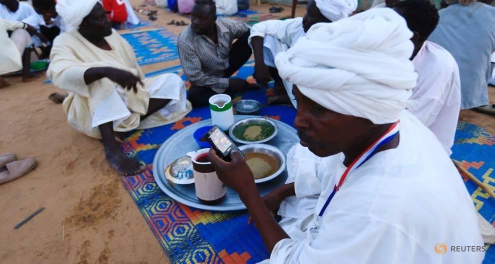 UN urges Sudan to improve plight of Darfur's displaced people