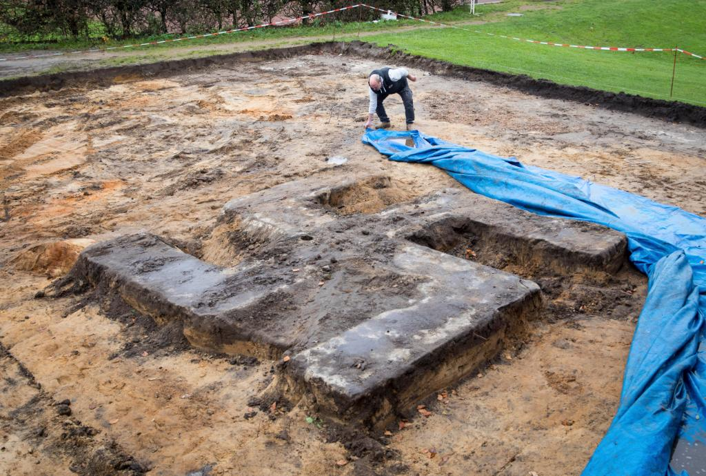 Construction workers have unearthed a giant concrete swastika on a sports field in Germany: