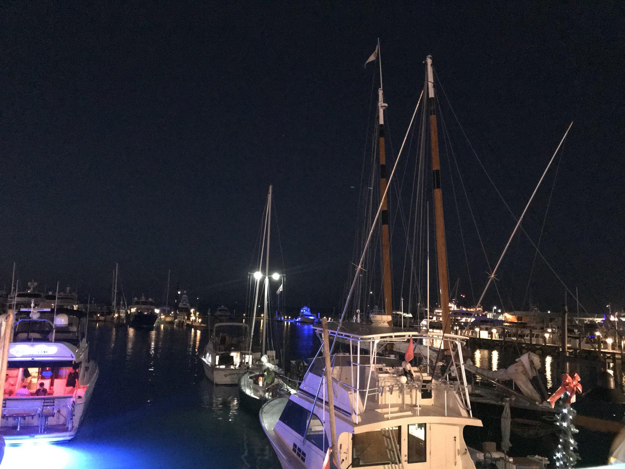 Portside Dinning ��#roamflorida #floridakeys #keywest #conchrepublic #schoonerwharfbar �� https://t.co/u4H1OJ4WJC