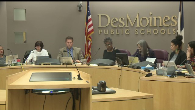 Des Moines School Board Discussing Possible Changes to StartTimes