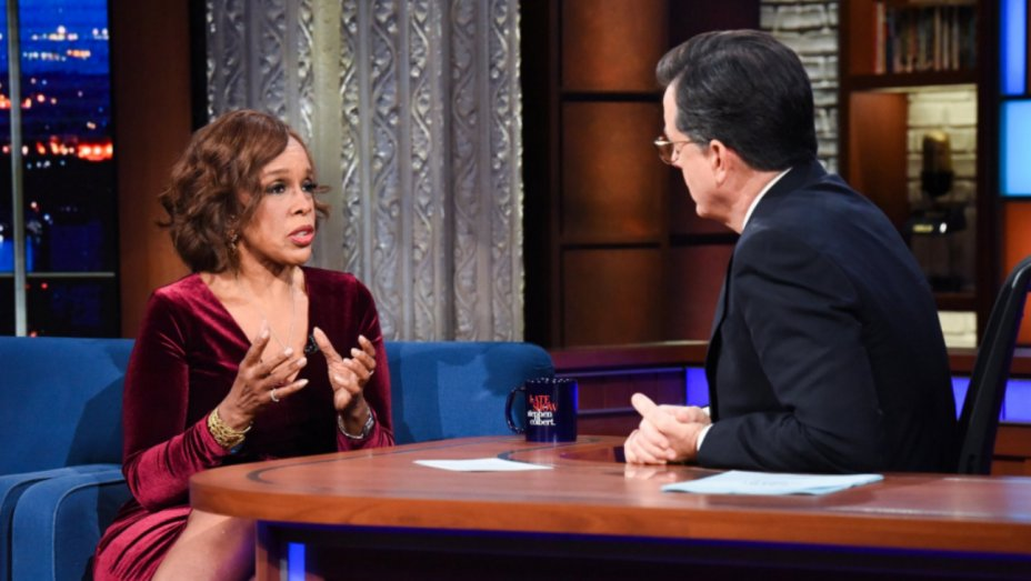 .@StephenAtHome commends @GayleKing on Charlie Rose coverage https://t.co/VaPhi4P47I https://t.co/pIgwDCxQ9S