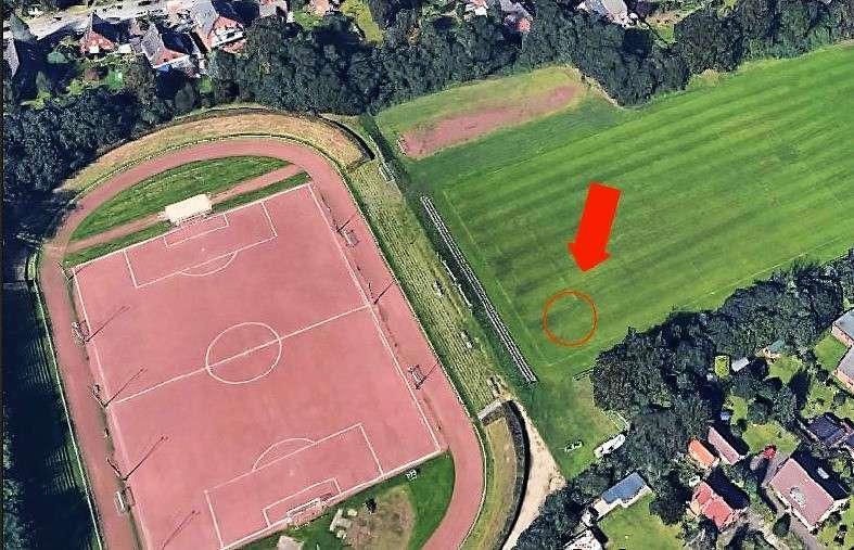 Este campo de fútbol en Hamburgo escondía una gran esvásticanazi | La Opinión https://t.co/2Of7noaYm4 https://t.co/iUZZkLZWzS