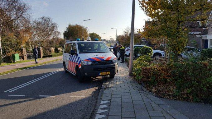 Honselersdijk Aanrijding letsel Molenlaan. Meisje toch richting ziekenhuis lichte verwondingen. https://t.co/TWP0EBJmjV