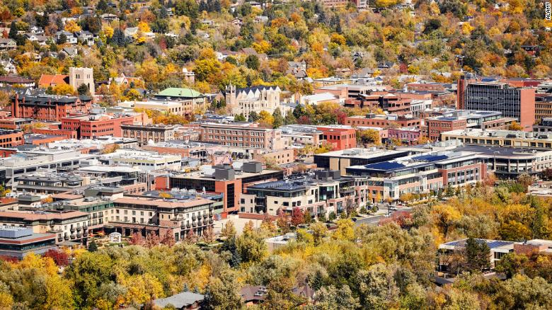 The happiest city in the US is Boulder, Colorado. Here's the full top 10: https://t.co/zzzAlMraZw https://t.co/LwXXyOW0yT