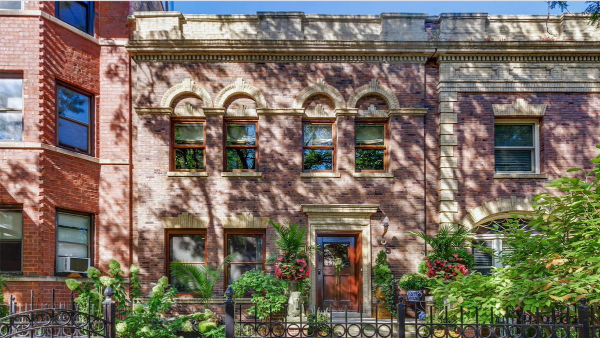 Row house on Chicago's North Side: $850,000