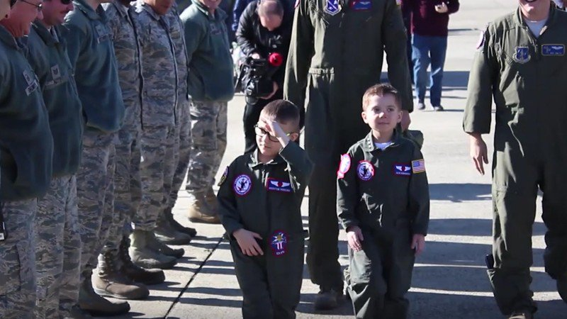 Boys, 6, who have beaten leukemia become'pilots for the day'