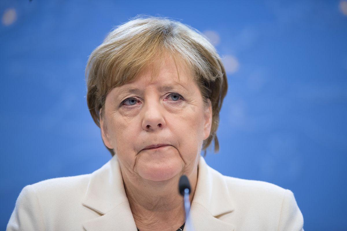test Twitter Media - Merkel's drama is just a flap for Germany's bond market https://t.co/LbJ0rEKYqA https://t.co/jDPcsBwDLJ