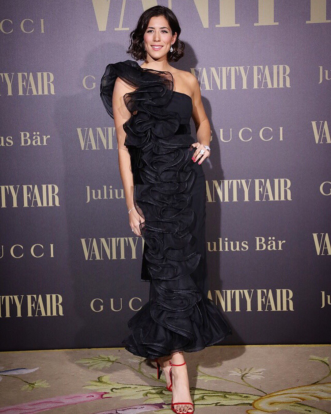 BEAUTIFUL @VanityFairSpain gala!! PRECIOSA gala de @VanityFairSpain #Gucci #JuliusBaer #Rolex #VF �������� https://t.co/kAMEJW7akB