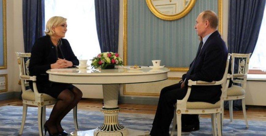 #Poutine