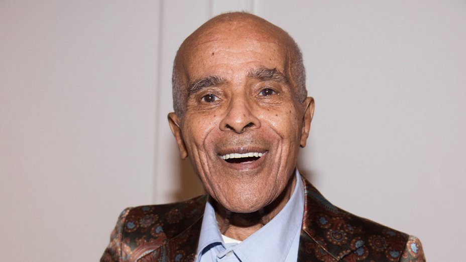 Jon Hendricks, influential jazz vocalist, dies at 96 https://t.co/My87RZL0ac https://t.co/JjalnIYoqs