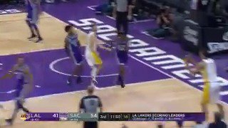 Back on ESPN... Brook pump fakes and nails the jumper! #LakeShow  ��: ESPN https://t.co/E04BOhwnS2