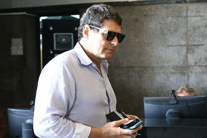 @BroadcastImagem: Alexandre Accioly, dono da rede de academias Body Tech, chega à sede da PF, no Rio. Fábio Motta/Estadão
