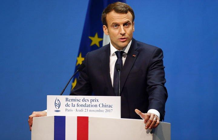 @BroadcastImagem: Em Paris, Macron entrega prêmio àqueles que trabalham na prevenção de conflitos no mundo. Francois Mori/AP