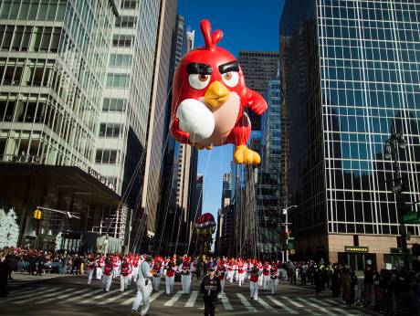 Tight security as thousands watch New York Thanksgiving Parade
