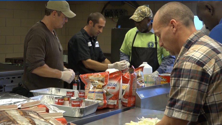 Formerly homeless men host Thanksgiving dinner for people still struggling