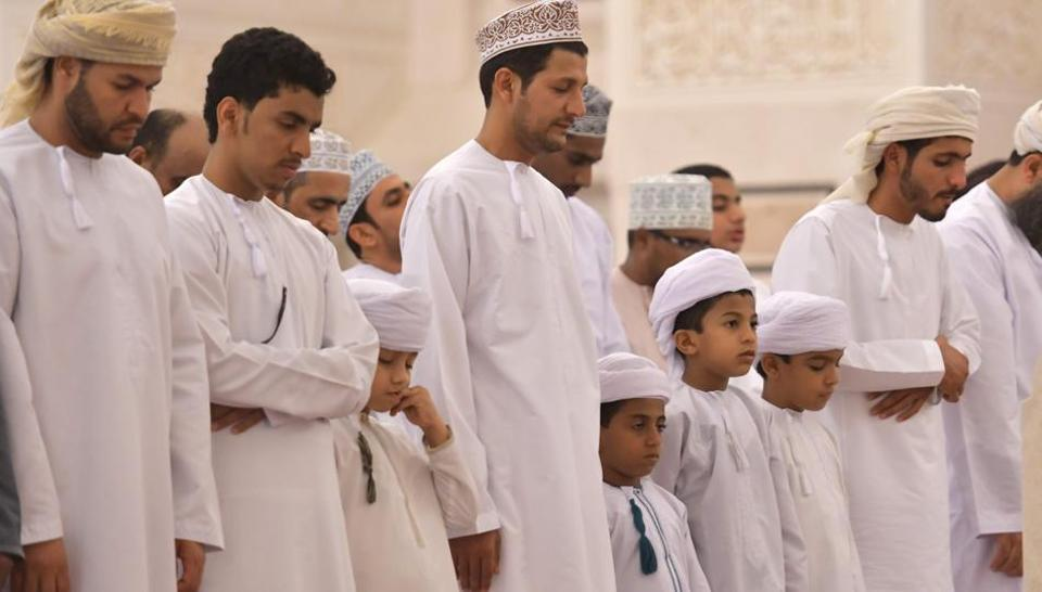Shia, Sunnis and Ibadis pray together, keeping sectarian divide at bay