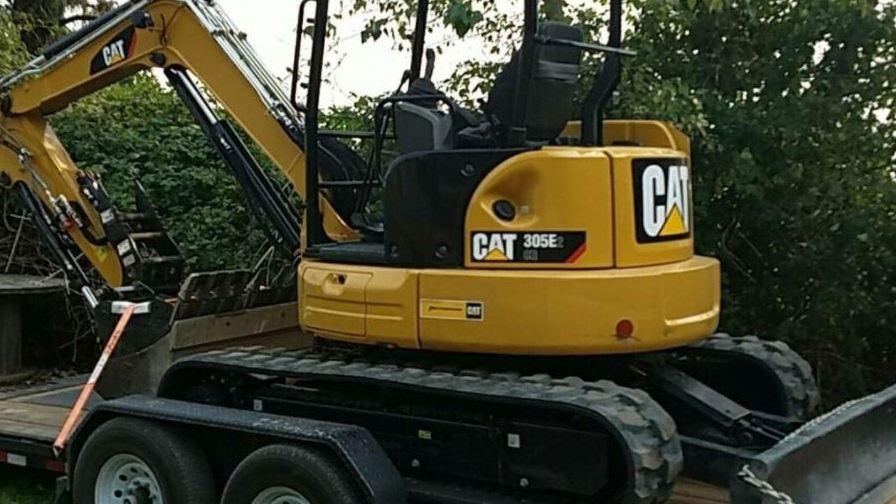 Woodburn contractor's $65,000 excavator stolen