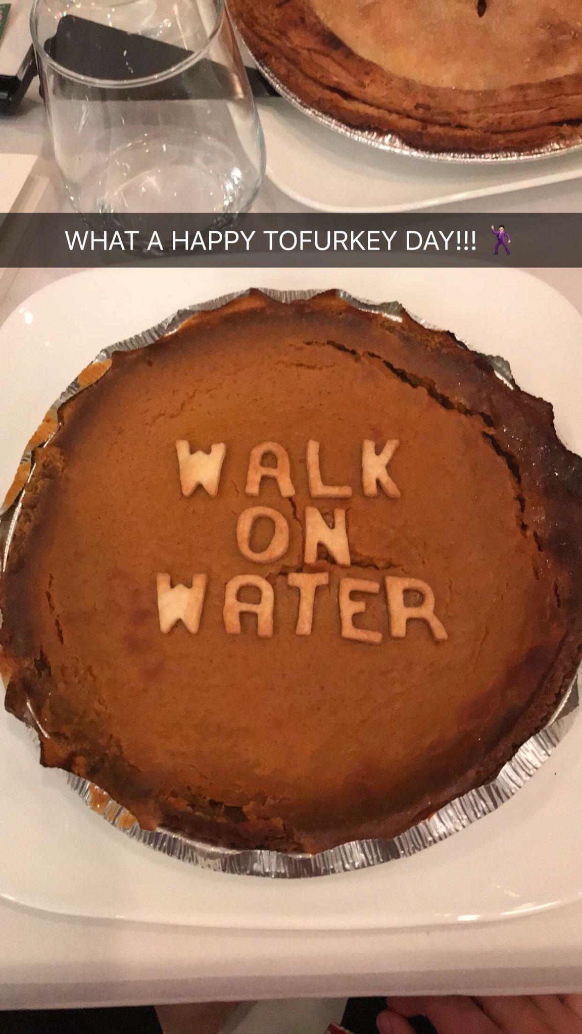 Happy Tofurkey Day!! �������� #WalkOnWater https://t.co/wtyw02MND1