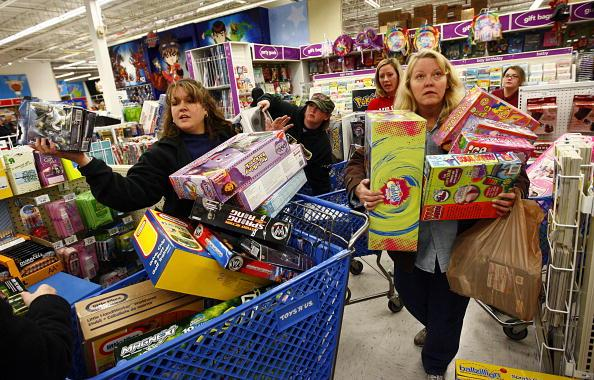 7 tips to protect yourself from fraud during Black Friday and holiday shopping