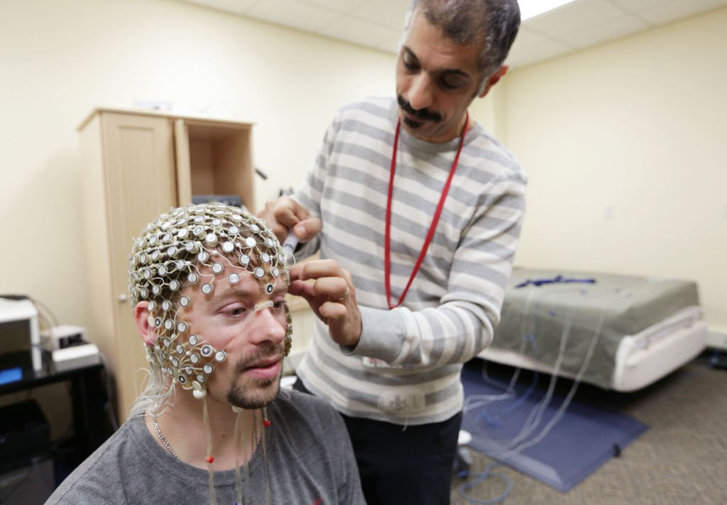 UW study searches for signs of unsettling sleep