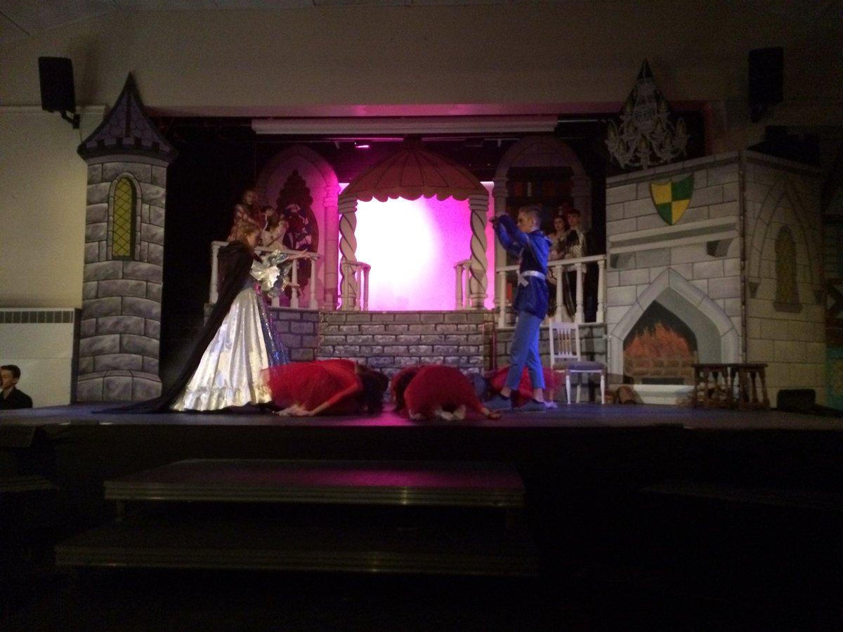 test Twitter Media - Beauty and the Beast last night is now underway... fantastic!! https://t.co/U4ajaBU9Hb