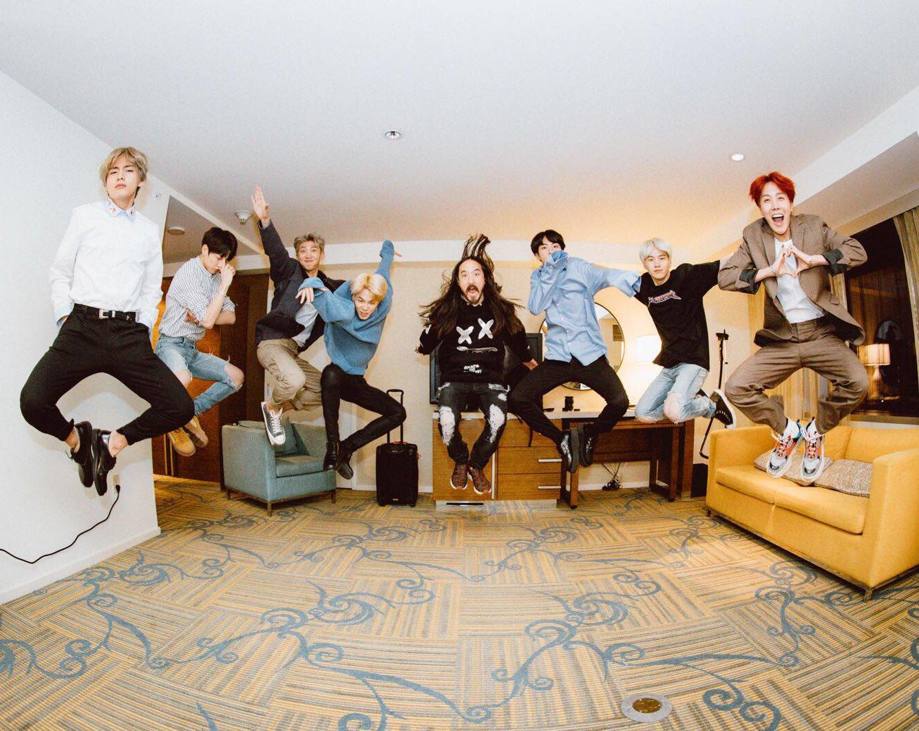 #aokijump #843. The Aoki x @BTS_twt #MicDropRemix Jump.  Los Angeles CA. Nov 20 2017. https://t.co/tLkLrUGVfP