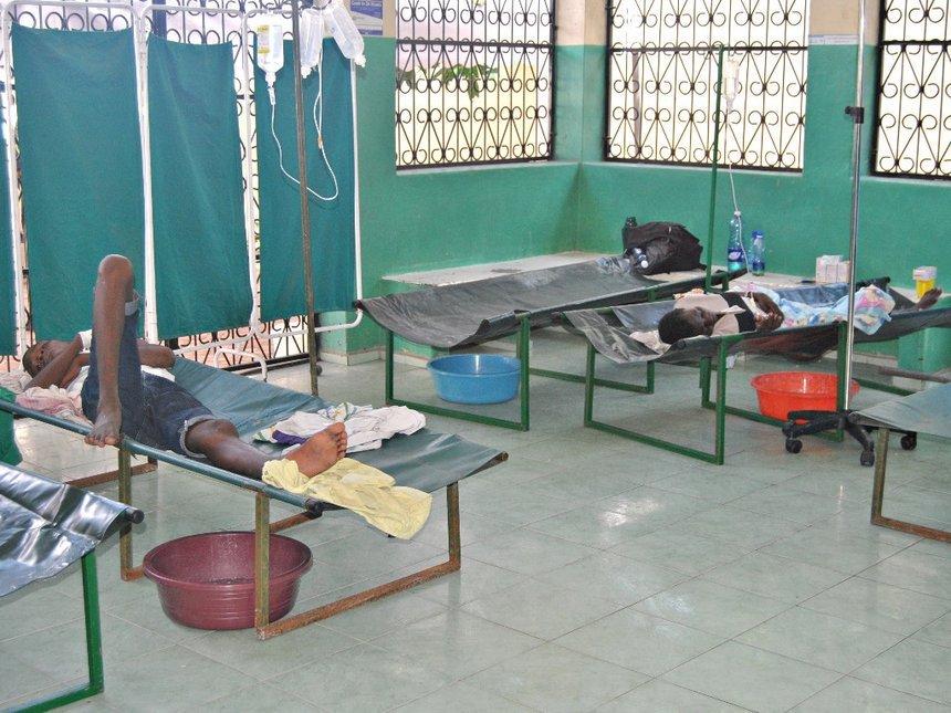 Mombasa bans hawking of food, water to contain cholera