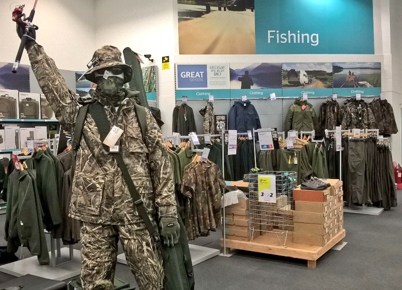 Our #fishing 🎣 clothing and footwear are in the #blackfriday deals too!