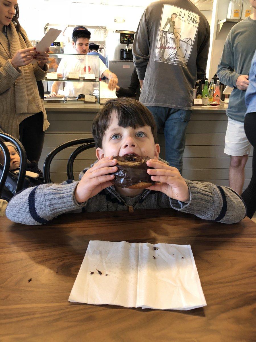 RT @erinshawstreet: Who is the best aunt in he world? This girl. Lunch @herodoughnuts #inbirmingham https://t.co/qtZk2AXhog