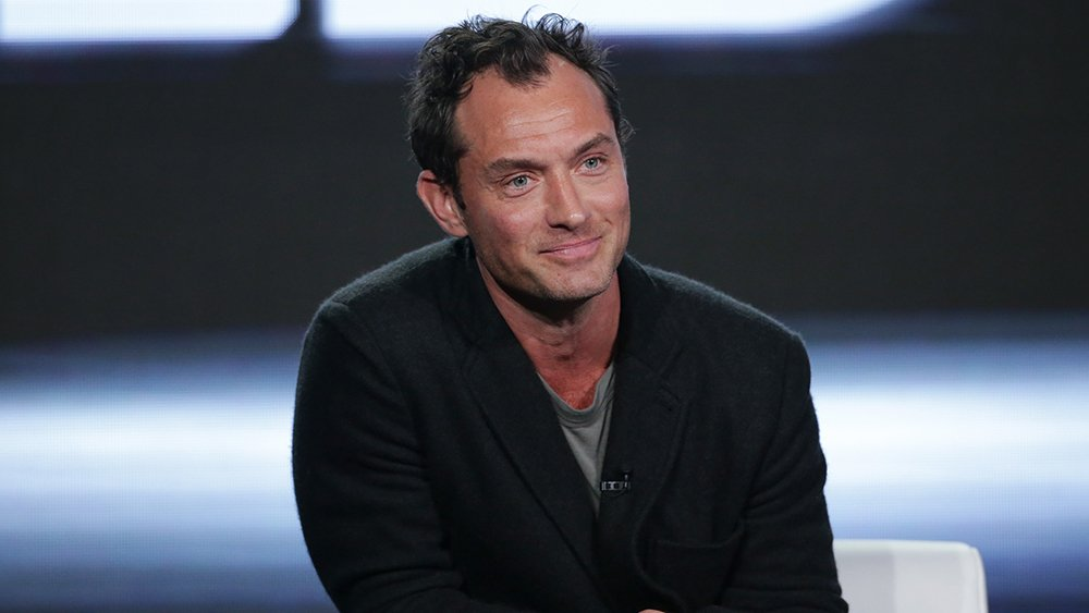 "Jude Law is set to play Doctor Walter Lawson in ""Captain Marvel"""