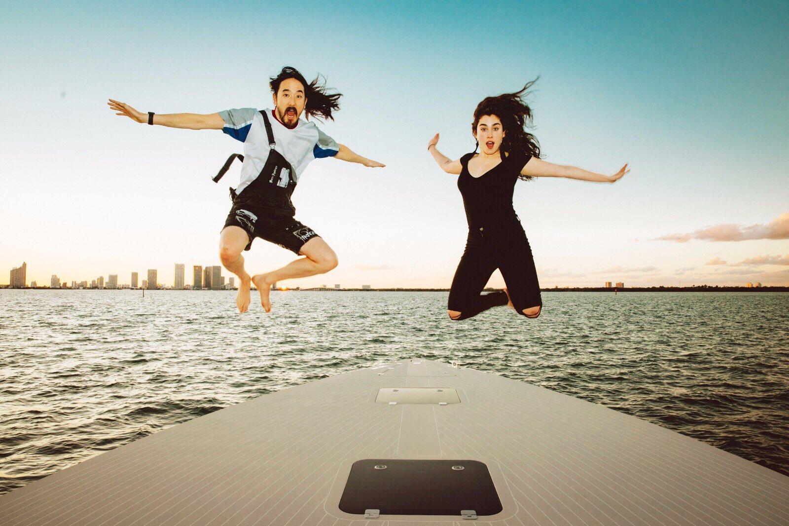 #aokijump #844. The Aoki x @laurenjauregui #AllNight Jump. SS Groot. Miami Florida. November 24, 2017. @davegrutman https://t.co/tLXztQDgpE