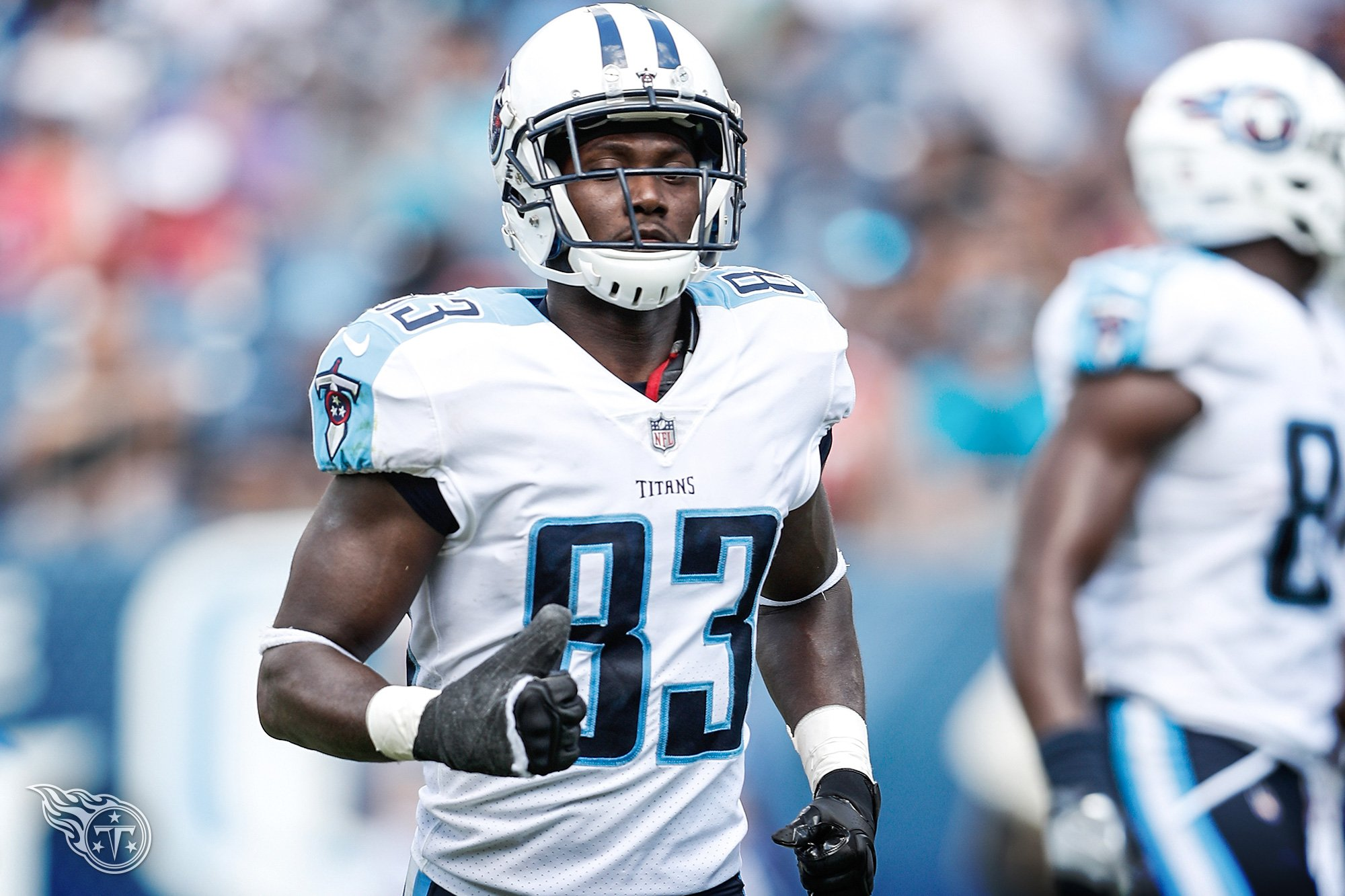 #Titans activate WR Harry Douglas to 53-man roster #TitanUp   Roster Moves �� » https://t.co/YWpc7kSx86 https://t.co/09zSnyJYcO