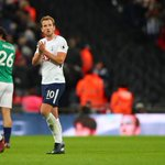 Kane salvages draw for Tottenham against West Brom