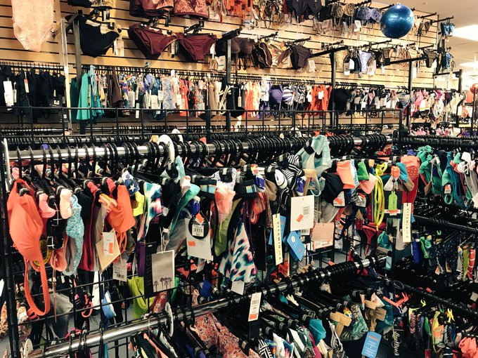 2 pic. Ugh, so hard seeing all these bathing suits! I can't wait to move to Florida so I can live in
