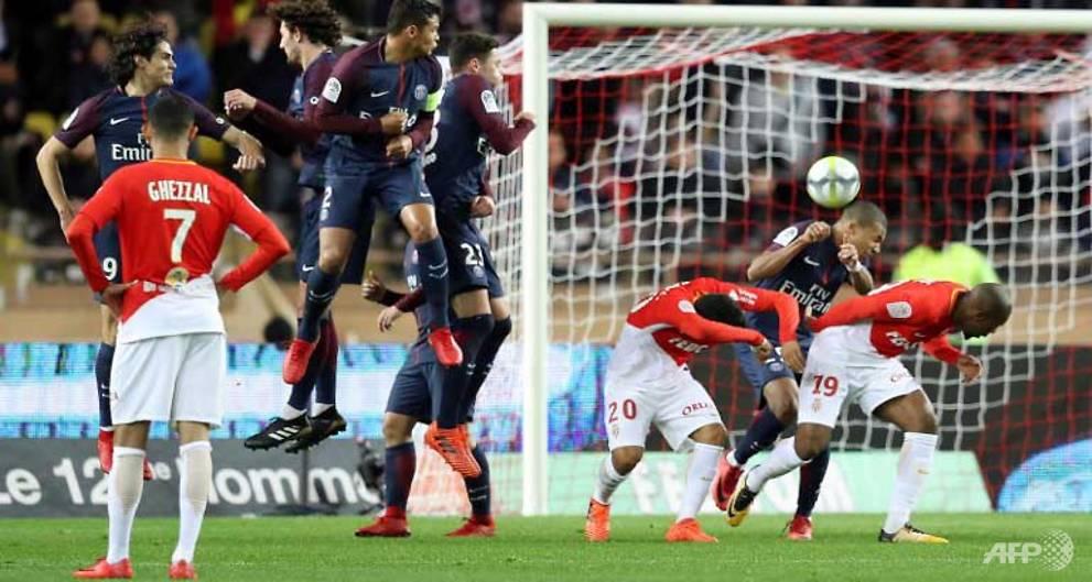 Neymar puts PSG on cloud nine at Monaco