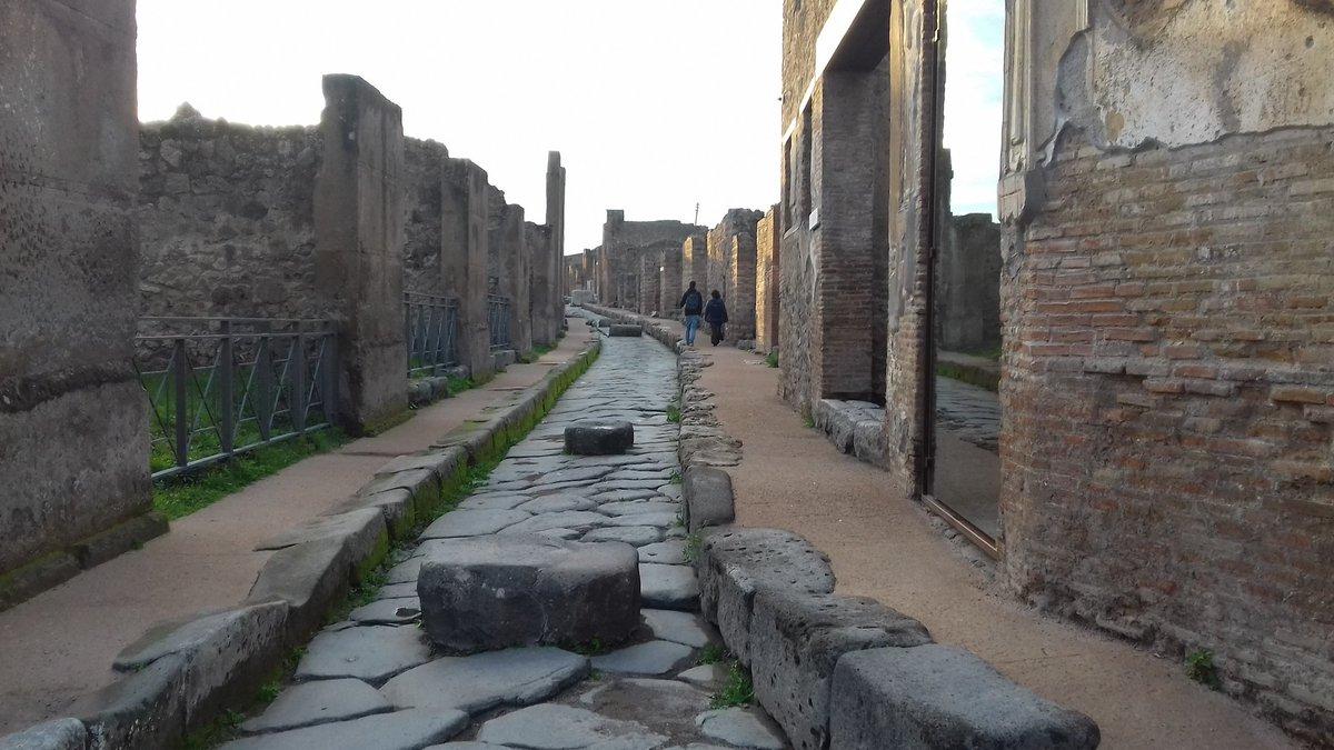 Ruines de Pompei : le temps s'est arrêté / Pompei ruins : the course of time stopped.