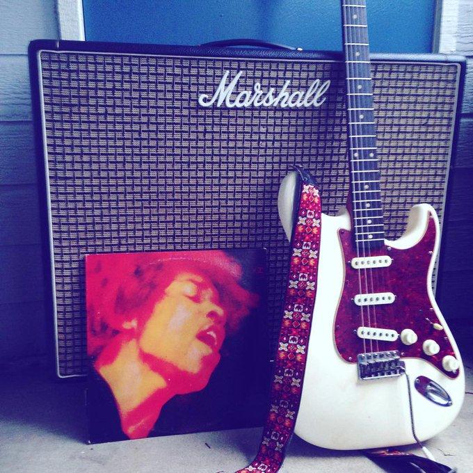 Happy birthday, Jimi Hendrix. He\ll always be the greatest.