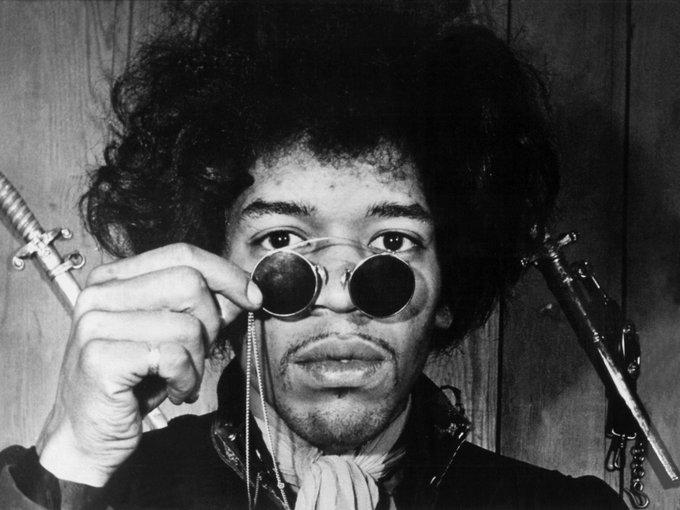 Happy birthday to the legendary Jimi Hendrix! Born 27 November 1942.